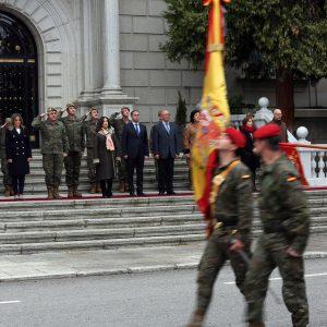 a alcaldesa de Toledo participa en la visita institucional que la ministra de Defensa ha realizado hoy a la Academia de Infantería