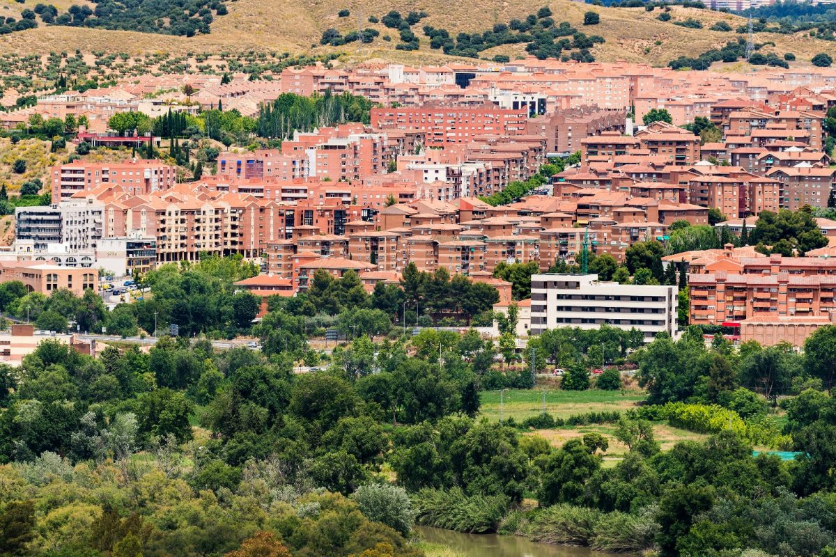 http://www.toledo.es/wp-content/uploads/2019/01/whatsapp-image-2019-01-12-at-10.04.57-1200x800.jpeg. Toledo consolida la tendencia de apertura de nuevos negocios con 200 nuevas licencias de actividad a lo largo del año 2018