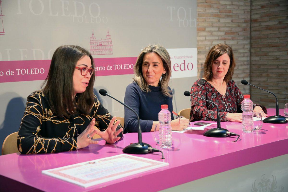 http://www.toledo.es/wp-content/uploads/2019/02/02_diplomas_escuela_idiomas-1200x800.jpg. La alcaldesa pone en valor la formación idiomática y el prestigio de la Escuela Municipal de Idiomas que cuenta con 900 matriculados