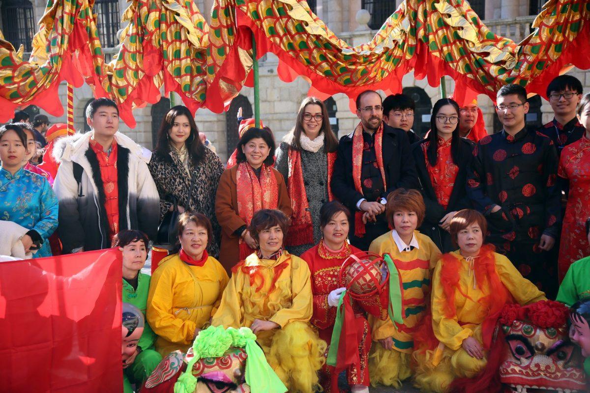 http://www.toledo.es/wp-content/uploads/2019/02/07_ano_chino-1200x800.jpg. El Consistorio toledano se suma a los actos de celebración del Año Nuevo Chino organizados por el Instituto Confucio de la UCLM