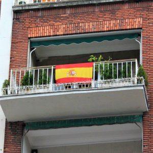 """Conferencia: """"La bandera nacional en los balcones y otros usos personales"""""""