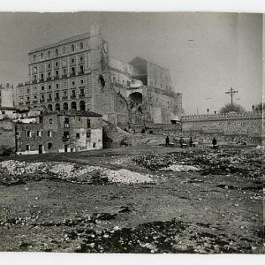 42 - Toledo en obras: La colección de fotografías del constructor Mariano Martínez Herranz