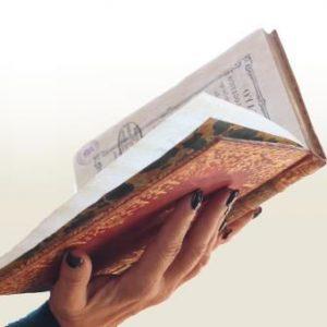 """Exposición: """"Mujeres y oficios del libro"""""""