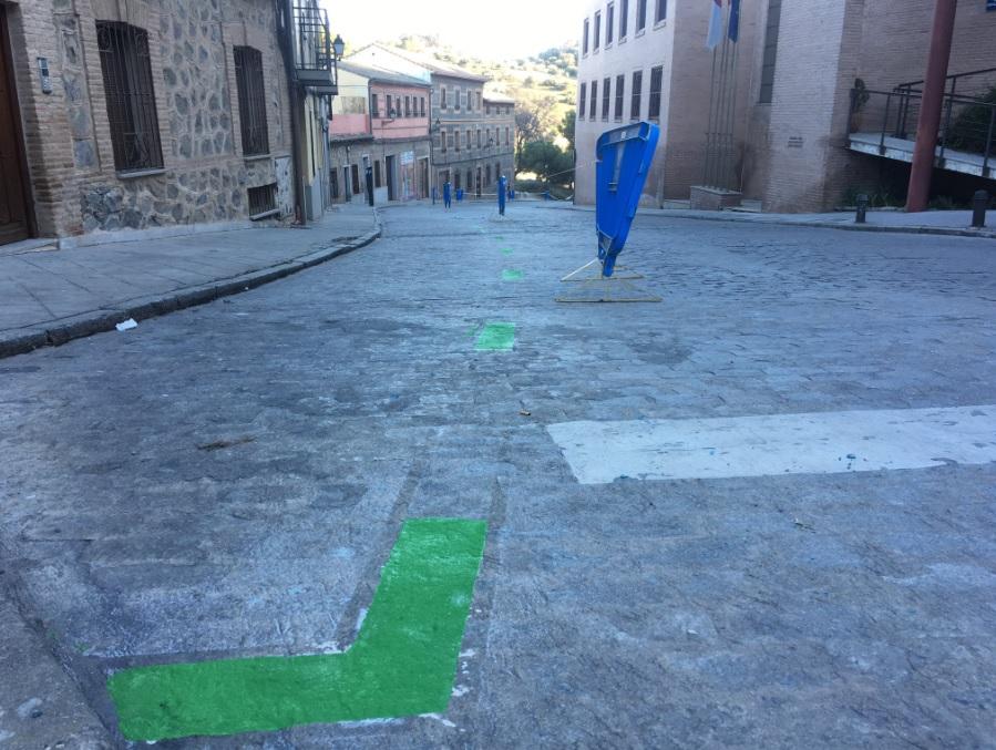 http://www.toledo.es/wp-content/uploads/2019/02/ora_casco_1.jpg. Los residentes del Casco cuentan ya con 32 nuevas plazas de aparcamiento en la calle Cervantes y nuevo horario de protección