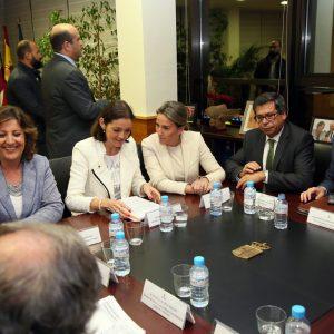 a alcaldesa de Toledo agradece al Gobierno de España su apoyo al proyecto del parque temático Puy du Fou