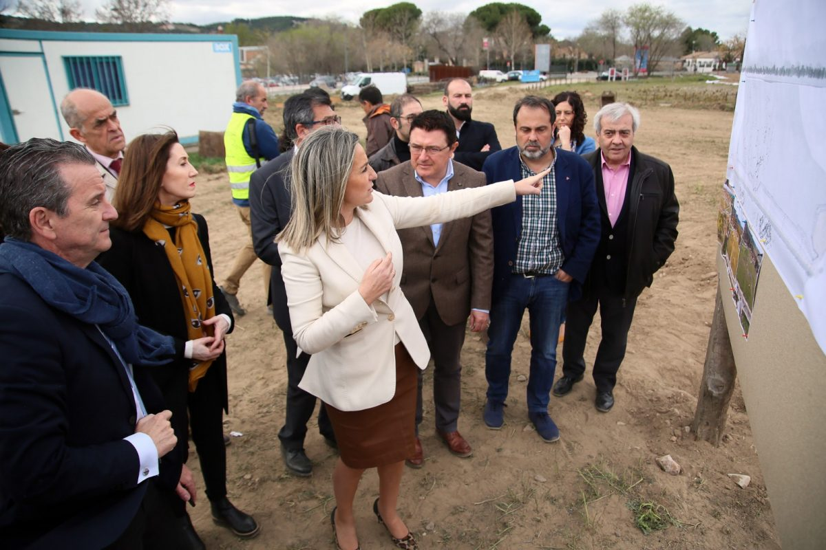 http://www.toledo.es/wp-content/uploads/2019/03/03_senda_vega_baja-1200x800.jpg. Milagros Tolón destaca el consenso de las administraciones y de las instituciones culturales en la nueva senda peatonal de Vega Baja