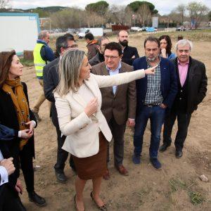 ilagros Tolón destaca el consenso de las administraciones y de las instituciones culturales en la nueva senda peatonal de Vega Baja