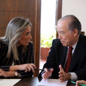 a alcaldesa recibe al presidente de honor de la Real Fundación, Gregorio Marañón, para avanzar en la proyección del Casco Histórico