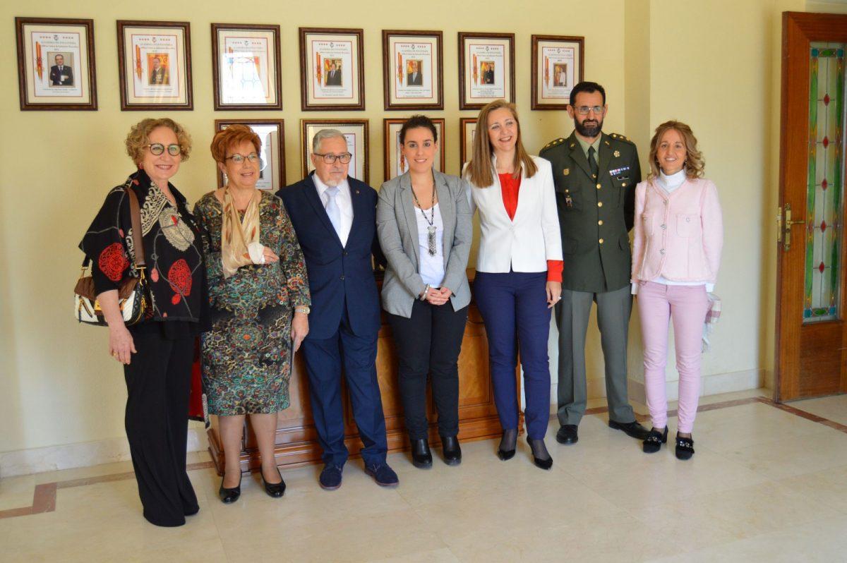 http://www.toledo.es/wp-content/uploads/2019/03/20160316_ines-sandoval_donantes-de-sangre-reconocimientos-regionales-1200x798.jpg. El Ayuntamiento muestra su gratitud a la Federación Regional de Donantes de Sangre de Castilla-La Mancha