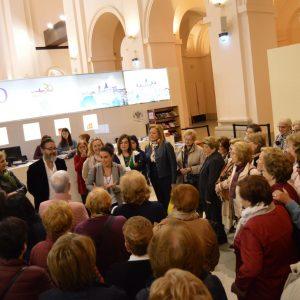 oledo recibe a un grupo de 150 mujeres del municipio madrileño de Brunete con motivo del 8M
