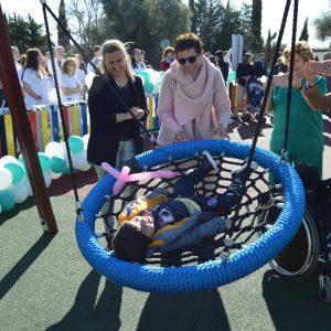 l Ayuntamiento respalda la actividad de Aspaym y asiste a la apertura del nuevo parque infantil inclusivo del Hospital Nacional de Parapléjicos