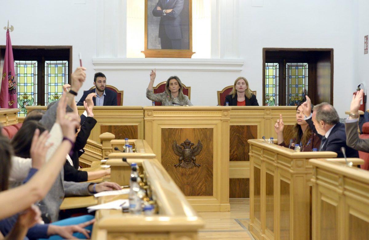 http://www.toledo.es/wp-content/uploads/2019/03/pleno_28_03_2019-1200x783.jpg. El último Pleno ordinario de la Legislatura aprueba por unanimidad la creación de 15 plazas de Policía Local en el periodo 2019-2022
