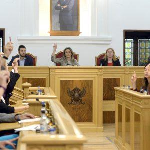 l último Pleno ordinario de la Legislatura aprueba por unanimidad la creación de 15 plazas de Policía Local en el periodo 2019-2022