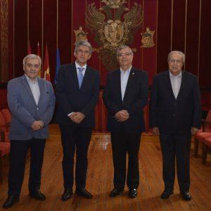 l vicepresidente de Guatemala y el embajador del país en España visitan la ciudad y conocen el Ayuntamiento