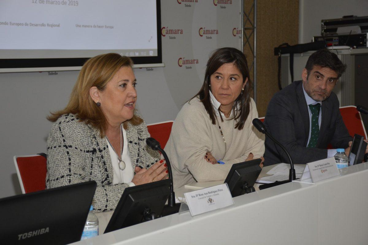 https://www.toledo.es/wp-content/uploads/2019/03/rosana-rodriguez_camara-comercio_jornadas-turismo-1200x800.jpg. El Ayuntamiento y la Cámara de Comercio forman a medio centenar de empresarios del sector turístico en marketing digital
