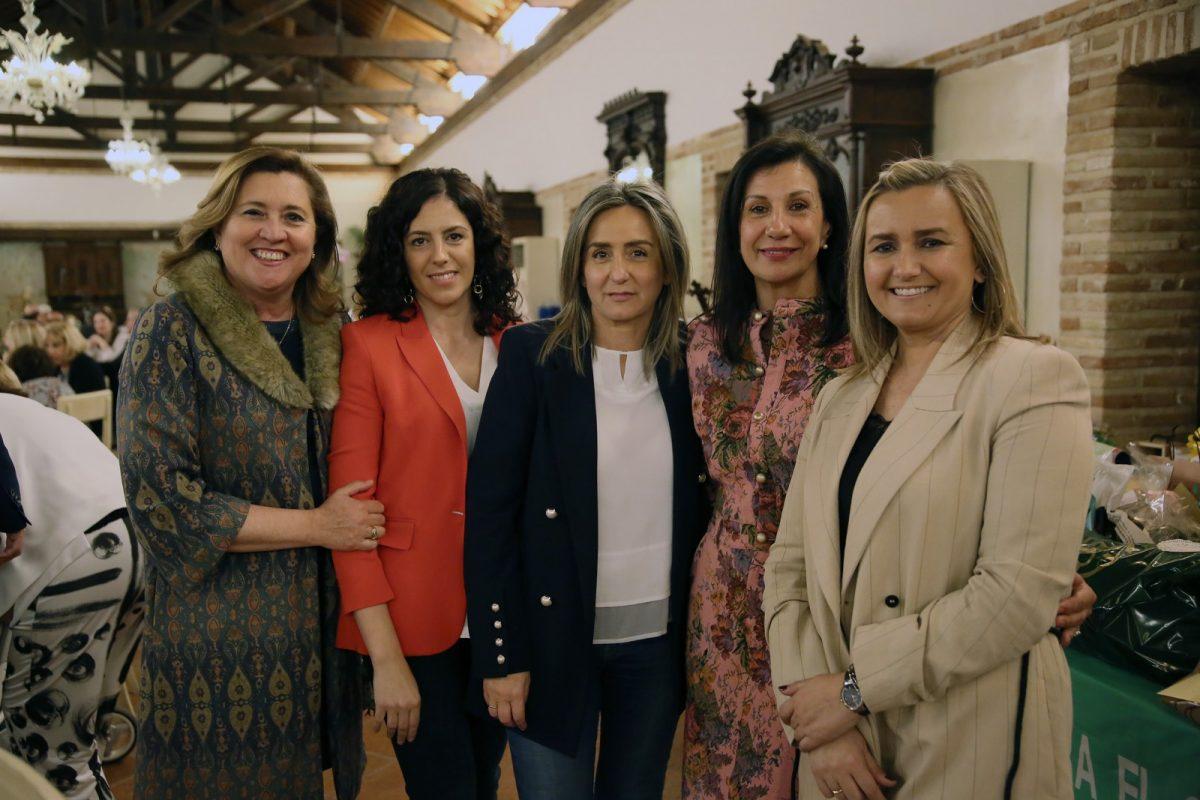http://www.toledo.es/wp-content/uploads/2019/04/01_cena_contra_cancer-1200x800.jpg. La alcaldesa muestra el respaldo del Ayuntamiento a las iniciativas y proyectos de la AECC en Toledo