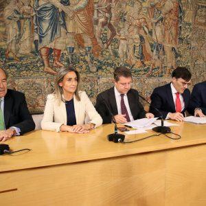 ilagros Tolón respalda el convenio entre Puy du Fou y Fundación ONCE para la contratación de personas con capacidades diferentes