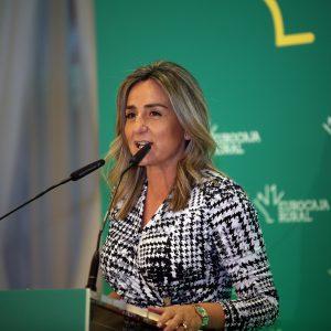 """a alcaldesa destaca la """"incuestionable solidez"""" de Eurocaja Rural, una entidad que """"es de los grandes pilares de la economía regional"""""""