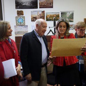 a Asociación de Veteranos, Pensionistas y Tercera Edad 'ASVAT' concede el título de 'Presidenta de Honor' a Milagros Tolón