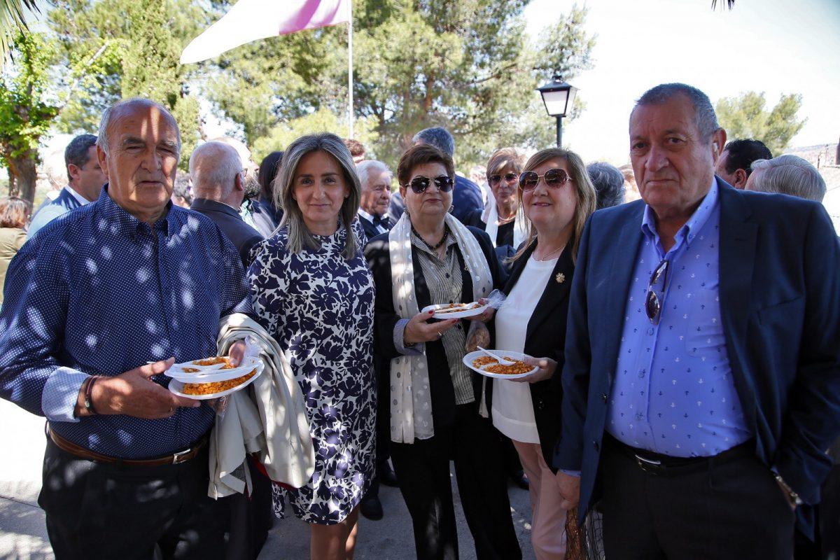 http://www.toledo.es/wp-content/uploads/2019/04/10_romeria_virgen_cabeza-1200x800.jpg. La alcaldesa arropa a la Hermandad de la Virgen de la Cabeza y reafirma su compromiso con las tradiciones y costumbres toledanas