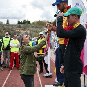 a alcaldesa asiste al Primer Gran Premio de España de tiro con arco y traslada el respaldo municipal al Club Águila Imperial de Toledo