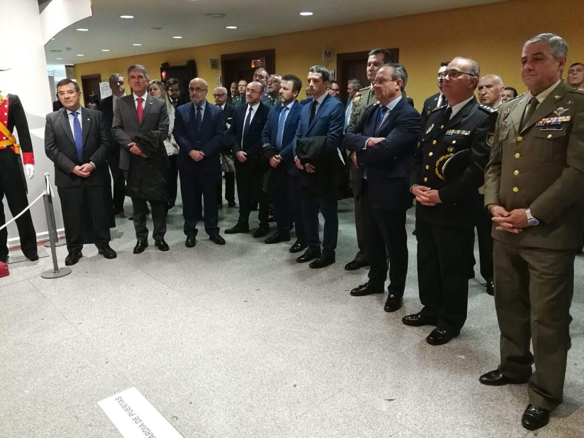 http://www.toledo.es/wp-content/uploads/2019/04/jose-pablo-sabrido_guardia-civil_museo-ejercito-1200x900.jpeg. La Guardia Civil inaugura la exposición de su 175 aniversario y cuenta con el respaldo del Ayuntamiento
