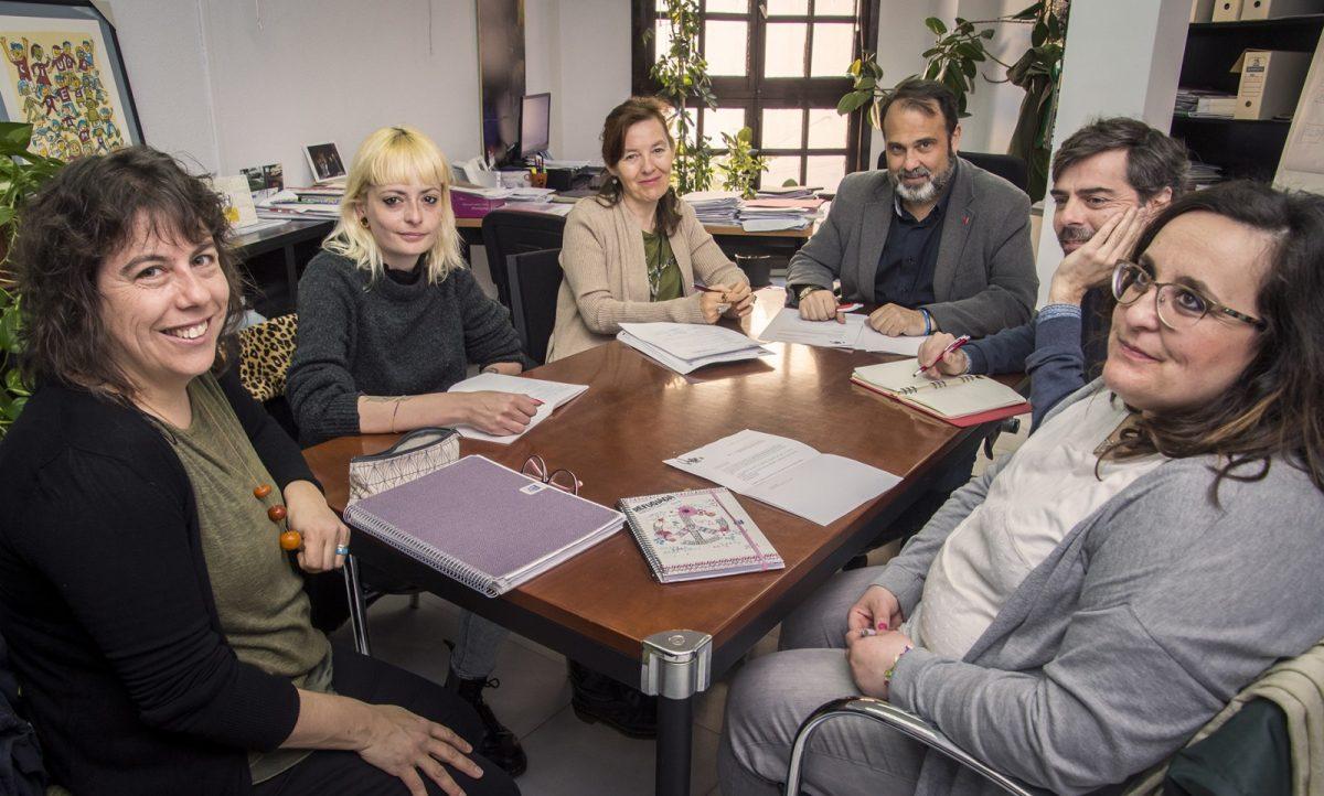http://www.toledo.es/wp-content/uploads/2019/04/jp2_0704-1200x722.jpg. El Gobierno local mantiene una reunión con la Mesa de Apoyo a las Personas Refugiadas