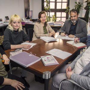 l Gobierno local mantiene una reunión con la Mesa de Apoyo a las Personas Refugiadas