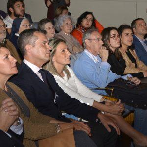 l Teatro de Rojas alza el telón dentro del programa de Semana Santa a la representación de 'La Pasión' por el grupo del Polígono