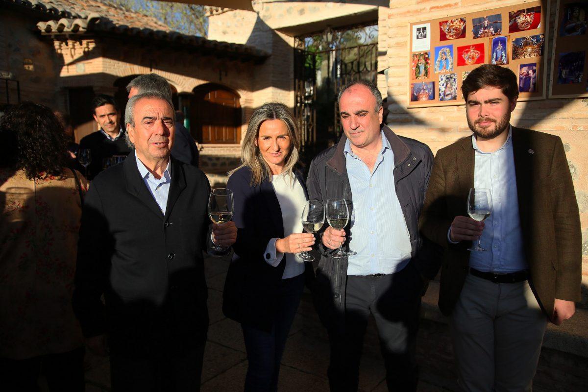 http://www.toledo.es/wp-content/uploads/2019/04/whatsapp-image-2019-04-11-at-21.56.13-1200x800.jpeg. La alcaldesa participa en las actividades culturales organizadas por la Cofradía de la Ermita del Valle