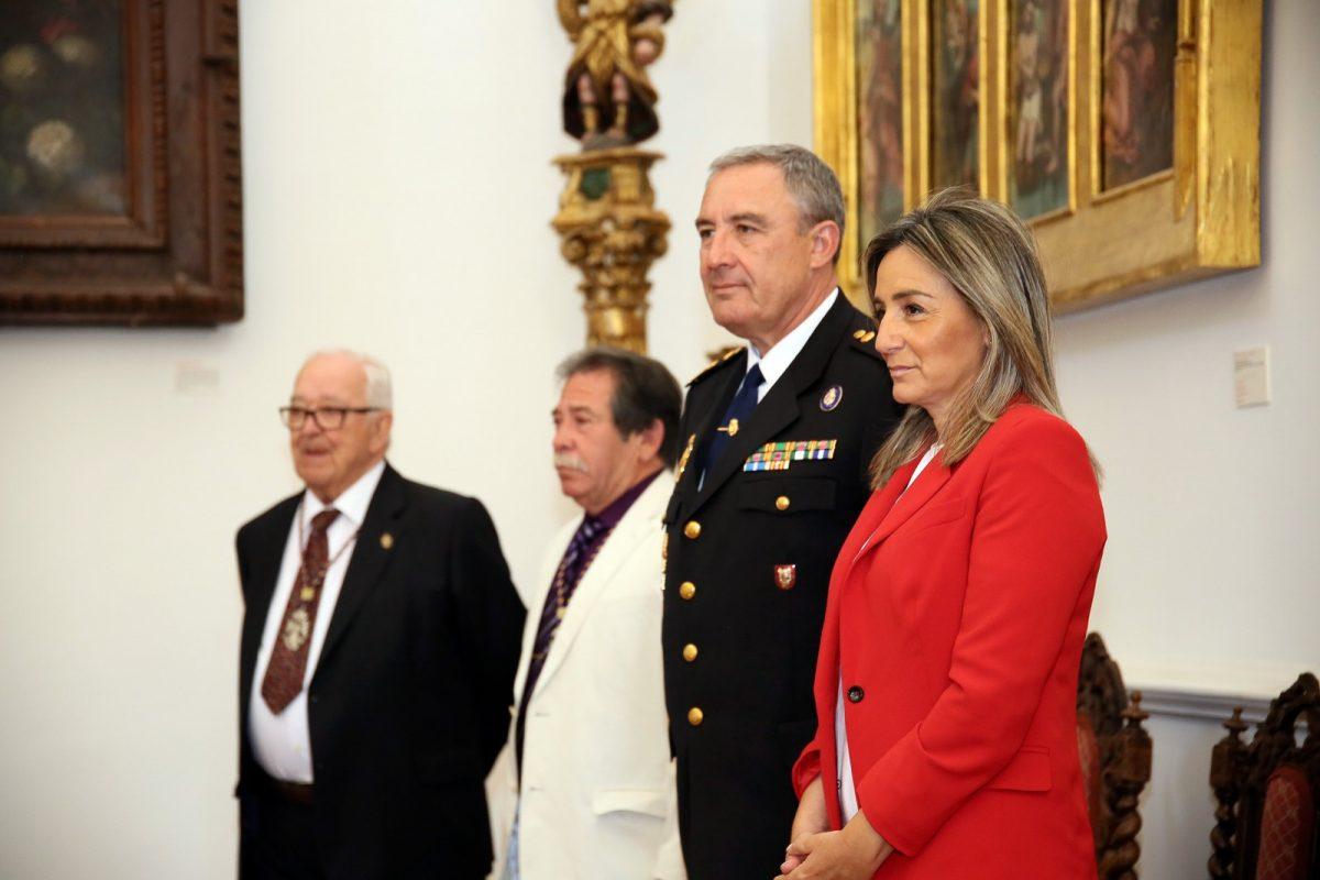 http://www.toledo.es/wp-content/uploads/2019/05/02_romeria_angel-1200x800.jpg. La alcaldesa comparte la romería del Santo Ángel Custodio con los cientos de toledanos que acuden a este emblemático cigarral