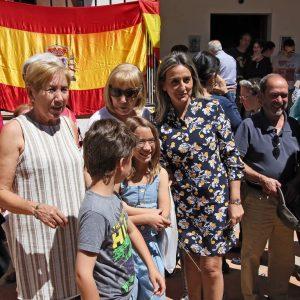 ientos toledanos y toledanas se suman a la romería de la Virgen de 'La Bastida' que ha contado con la presencia de la alcaldesa