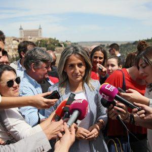 a alcaldesa destaca en la romería del Valle la importancia de respetar las tradiciones para que Toledo siga avanzando