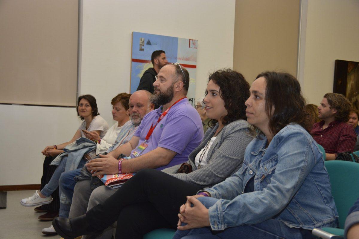 http://www.toledo.es/wp-content/uploads/2019/05/jornada-ccoo-lgtbi-00-1200x800.jpg. El Gobierno local se suma la jornada de CCOO contra la LGTBiFobia para reclamar un entorno laboral más igualitario