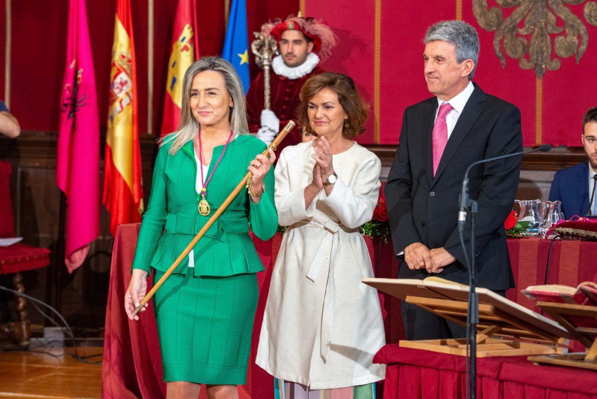 """https://www.toledo.es/wp-content/uploads/2019/06/aph9387-1200x801.jpg. La alcaldesa gobernará Toledo """"con el único propósito de mejorar nuestra ciudad y la vida de sus vecinos"""""""