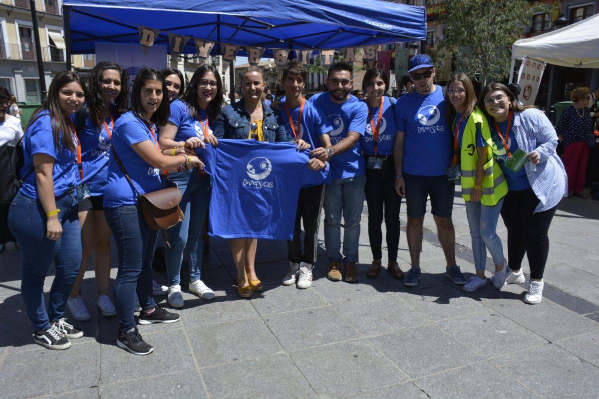 http://www.toledo.es/wp-content/uploads/2019/06/diversitas_2-1200x800.jpg. Comienza el Festival Fest en la plaza de Zocodover para continuar en la del Ayuntamiento con música en directo