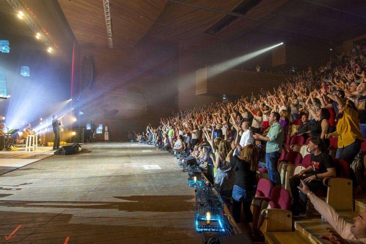 http://www.toledo.es/wp-content/uploads/2019/06/manolo-garcia-03-1200x800.jpg. Manolo García, Cepeda y el Festival de Flamenco congregan a miles de personas en Toledo que este sábado recibe Luis Fonsi