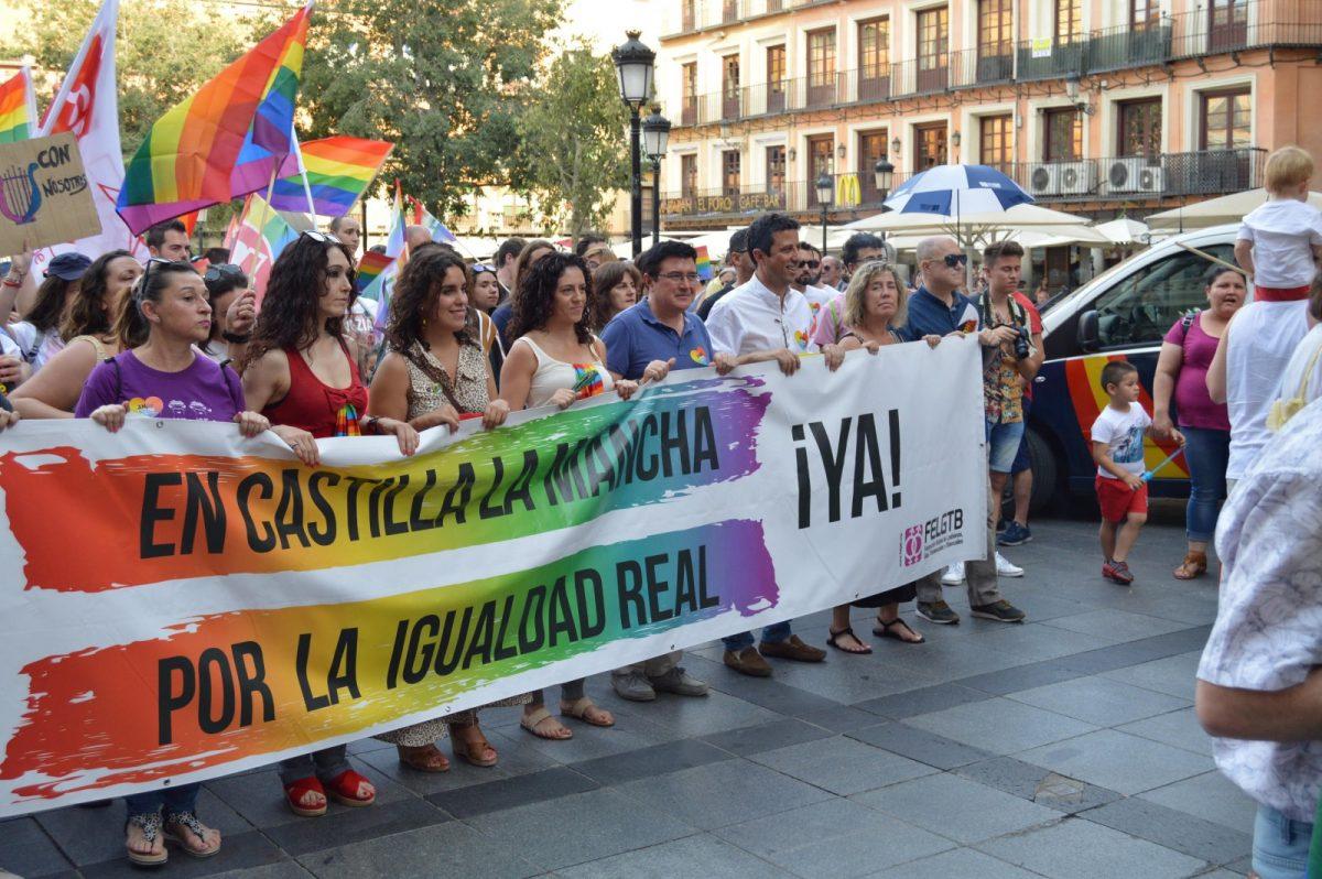https://www.toledo.es/wp-content/uploads/2019/06/orgullo_1-1200x798.jpg. La marcha con motivo del Día Internacional del Orgullo LGTBI recibe el respaldo municipal en el 50 aniversario de Stonewall