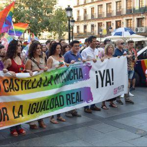 a marcha con motivo del Día Internacional del Orgullo LGTBI recibe el respaldo municipal en el 50 aniversario de Stonewall