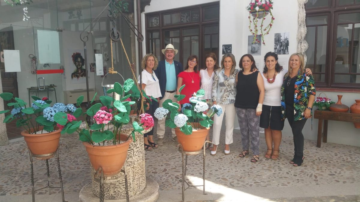 http://www.toledo.es/wp-content/uploads/2019/06/patios-4-1200x675.jpeg. La alcaldesa respalda con su presencia el Certamen de Patios de Toledo y llama a los toledanos al disfrute de actividades organizadas