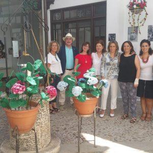 a alcaldesa respalda con su presencia el Certamen de Patios de Toledo y llama a los toledanos al disfrute de actividades organizadas