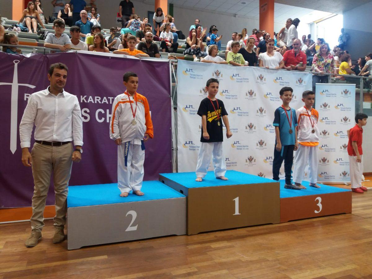 http://www.toledo.es/wp-content/uploads/2019/06/trofeo-corpus-karate-04-1200x900.jpeg. Una treintena de clubes se dan cita en el II Trofeo Corpus de Kárate organizado con motivo de la Semana Grande de Toledo