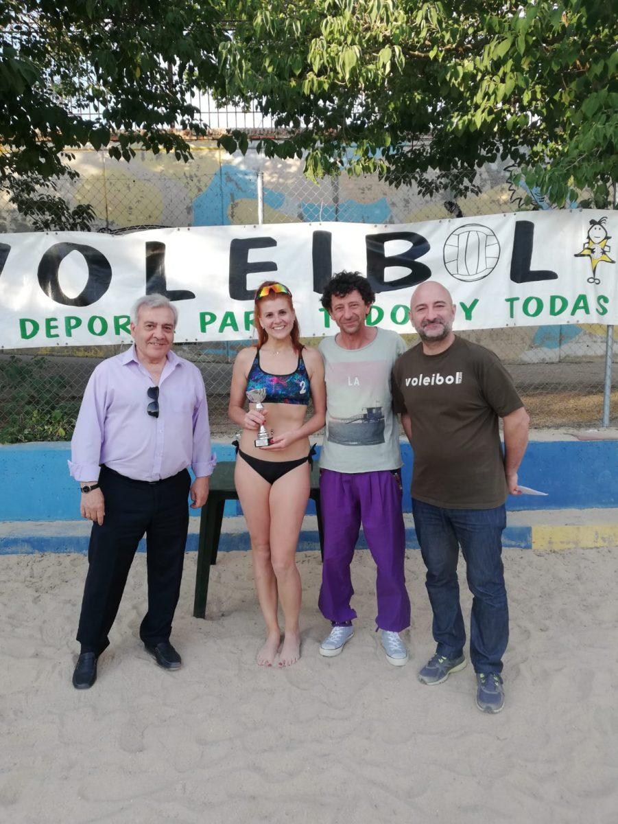http://www.toledo.es/wp-content/uploads/2019/06/voley_1-901x1200.jpeg. Las instalaciones municipales de la Escuela de Gimnasia acogen el XIII Torneo de Voley Playa 'Ciudad de Toledo' Memorial Cecilia Rodríguez