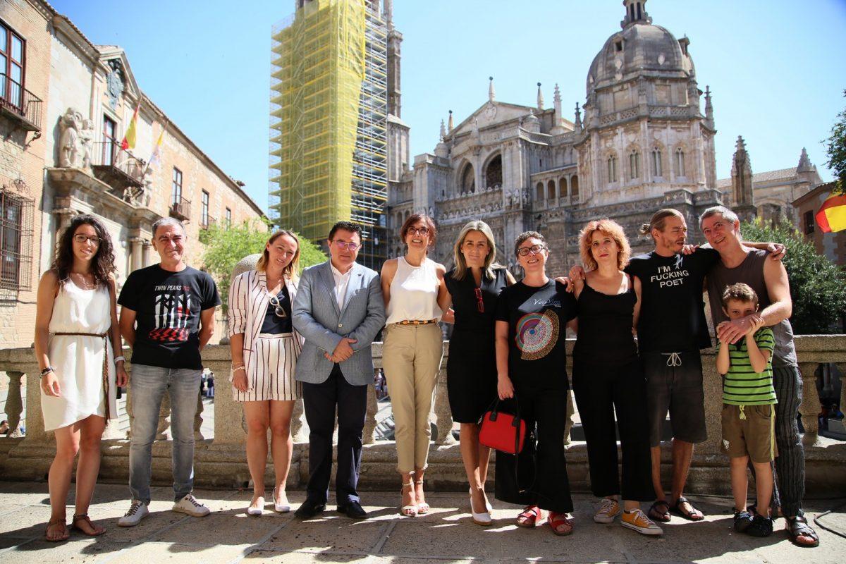 http://www.toledo.es/wp-content/uploads/2019/07/02_foto_grupo_voix_vives-1200x800.jpg. El Festival de Poesía Voix Vives celebra su séptima edición del 6 al 8 de septiembre y apuesta por los versos como camino de paz