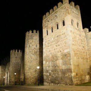a iluminación artística monumental permanecerá activa todas las noches para impulsar el desarrollo económico a través del turismo