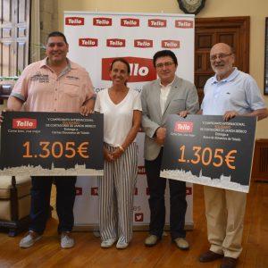 yuntamiento y Tello entregan al Banco de Alimentos y Cáritas los cheques solidarios del V Campeonato de Cortadores de Jamón