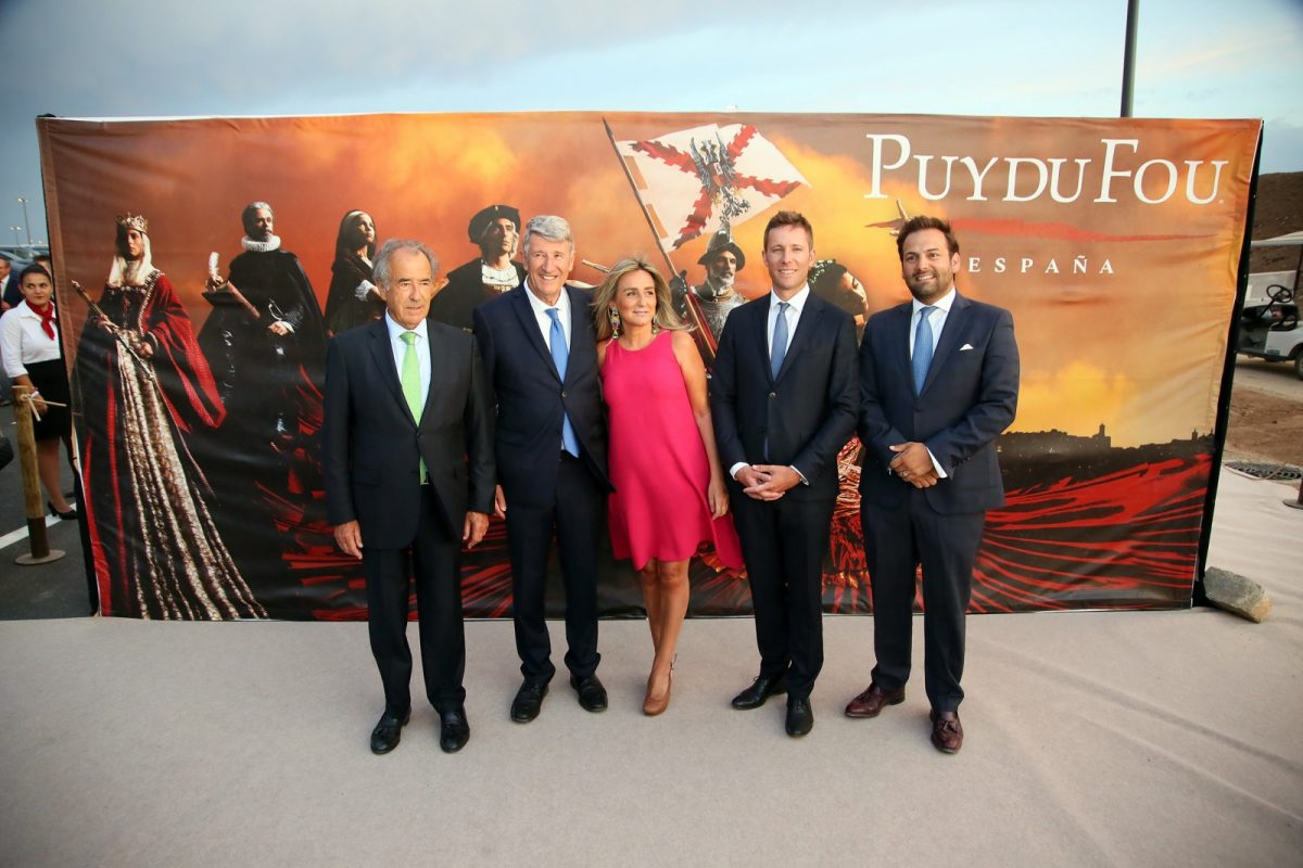 """http://www.toledo.es/wp-content/uploads/2019/08/13_puy_du_fou-1200x800.jpg. Milagros Tolón destaca en la apertura de Puy Du Fou que este proyecto cultural supondrá """"un antes y un después para Toledo"""""""