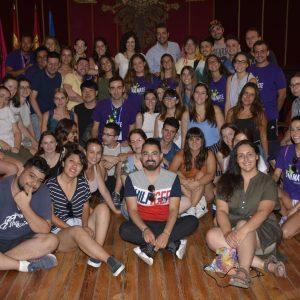 l Ayuntamiento recibe a los 40 jóvenes que este año integran los campos de trabajo voluntario gestionados por 'Anímate' en Toledo