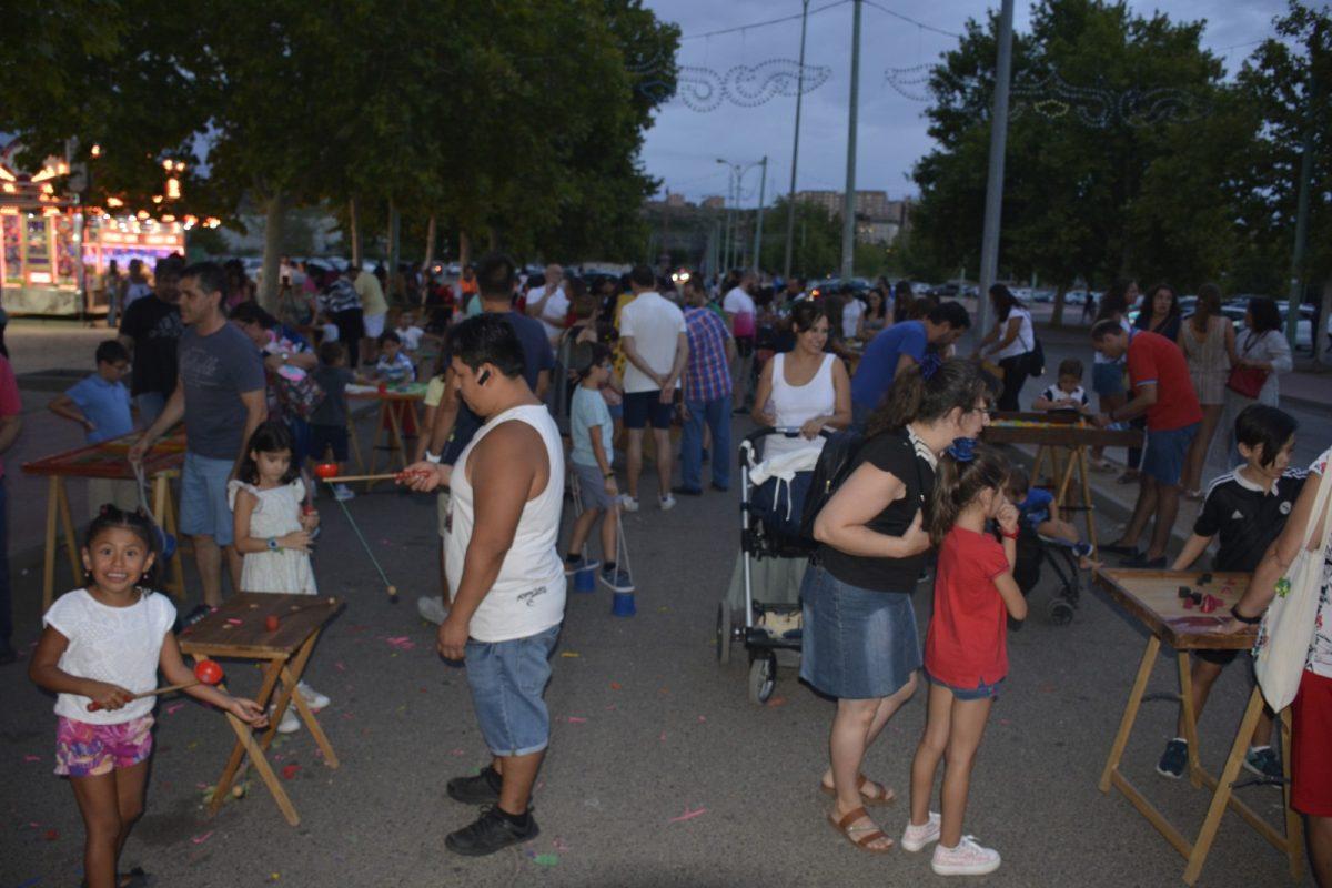 http://www.toledo.es/wp-content/uploads/2019/08/dsc0773-1200x800.jpg. El Gobierno local celebra el respaldo de los toledanos a la Feria sin ruido celebrada este lunes en el recinto ferial de La Peraleda
