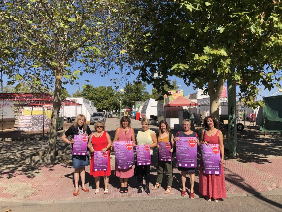 http://www.toledo.es/wp-content/uploads/2019/08/fotos-campana-de-concienciacion-sin-agresiones-feria-1-1200x900.jpg. 'Por unas fiestas sin agresiones sexuales', lema de la campaña de concienciación impulsada por el Ayuntamiento en el recinto ferial